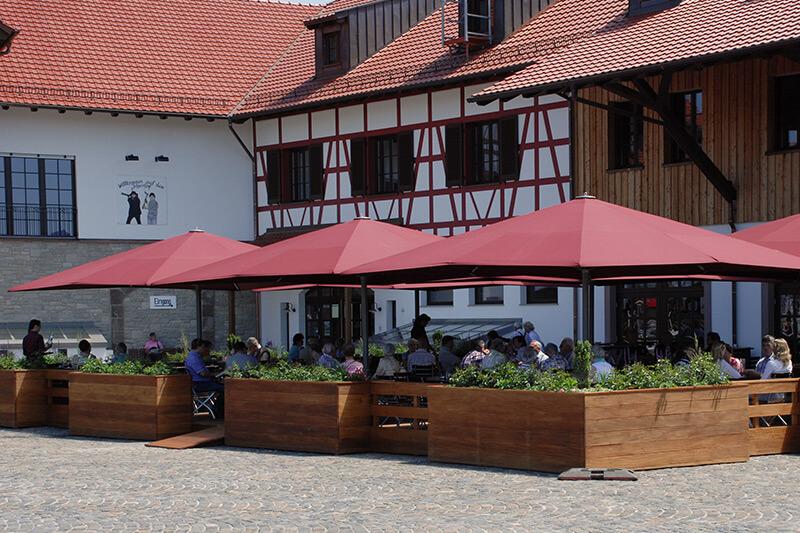 Jaegerhof-Restaurant-Terrasse